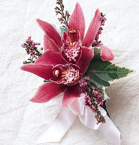 Prom corsage atlanta carithers flowers its that time of year again for the big high school dance with that comes picking out dresses tuxes and limos not to mention corsages and boutonnieres mightylinksfo
