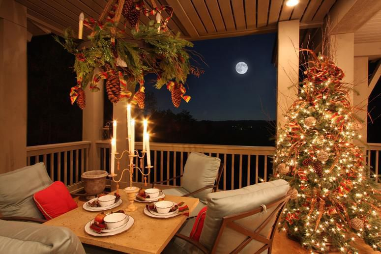 add holiday style in every room of the house - Patio Christmas Decorations